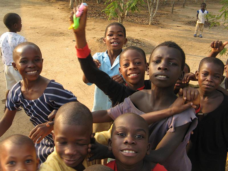 children at Mafi Dove